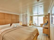 Hapag-Lloyd Cruises MS EUROPA 2