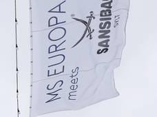 MS Europa Meets Sansibar