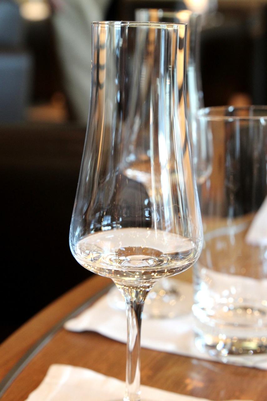 EUROPA2_Gin-Tasting_Glas©SBaade