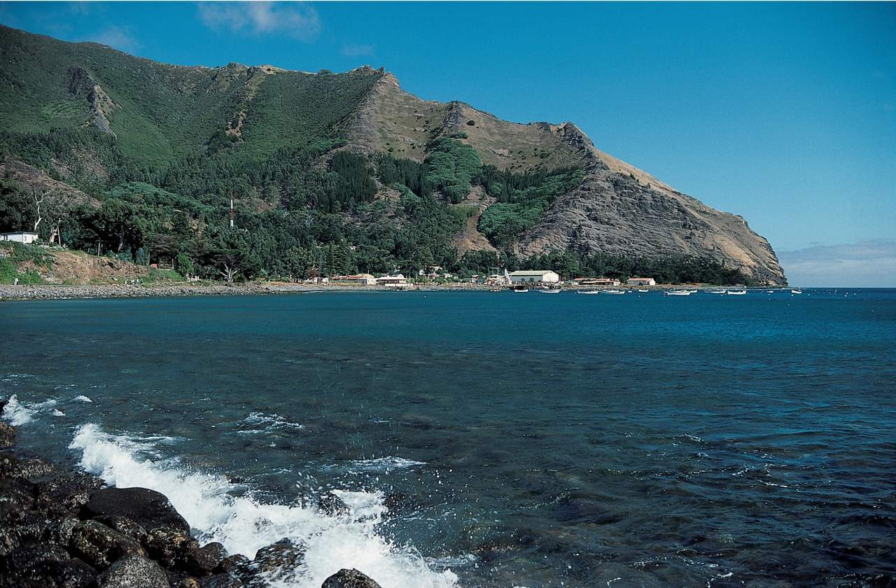 Robinson_Crusoe_Island