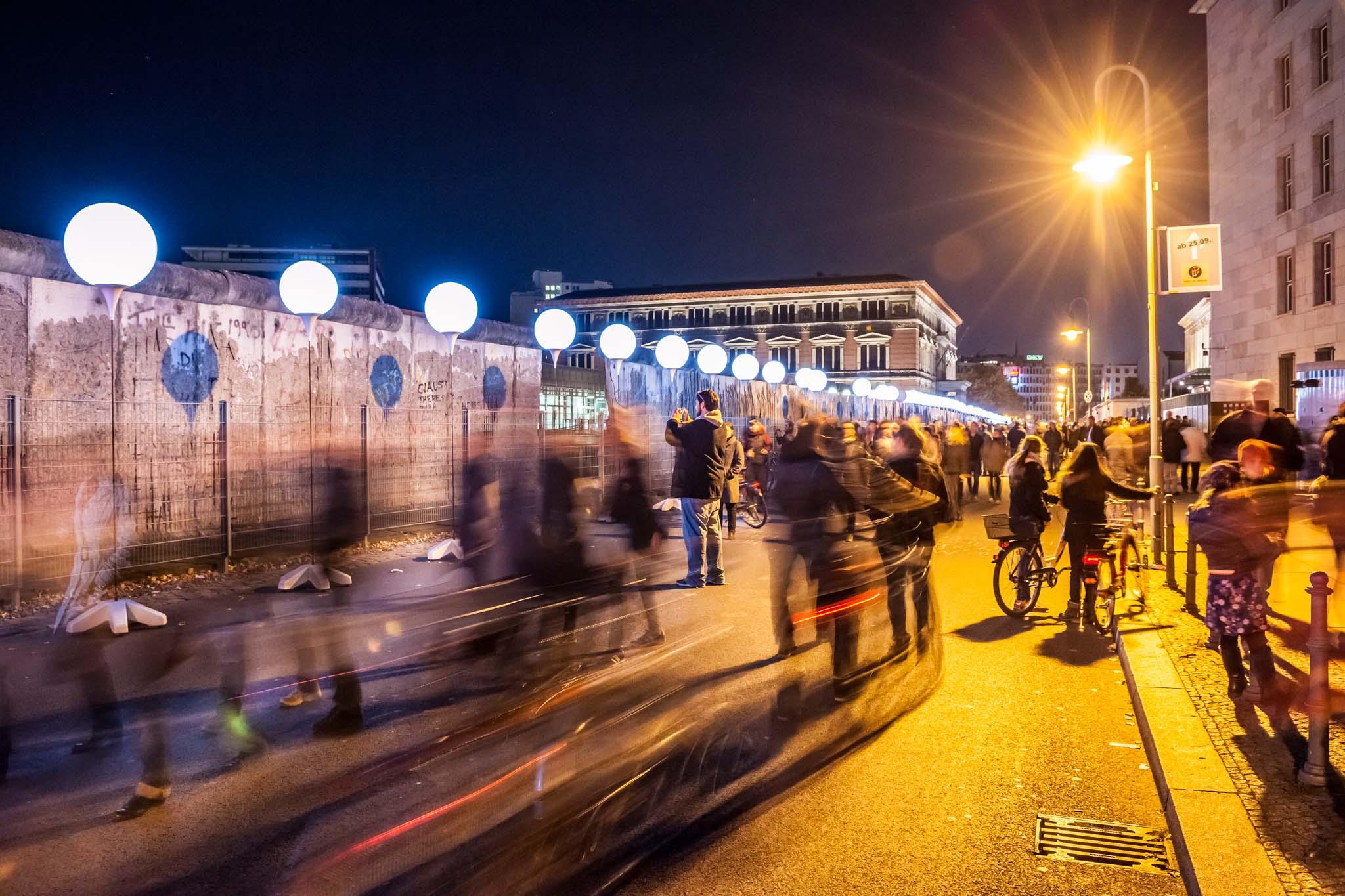 25 Jahre Berliner Mauerfall & Lichtgrenze.