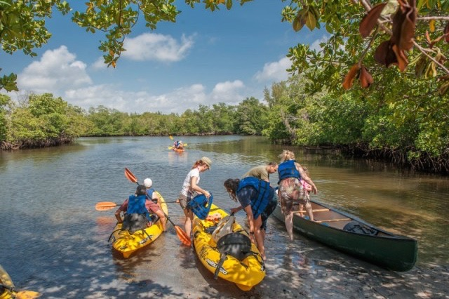 Aventura-Oleta-Park-Canoes-and-Kayaks-MS