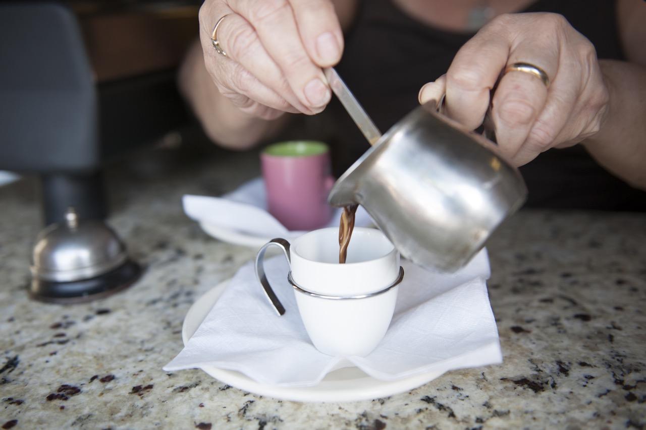 Little-Havana-Lady-Pouring-Cuban-Coffee-CU