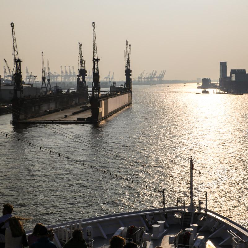 Ausfahrt_Hafen©SBaade-3