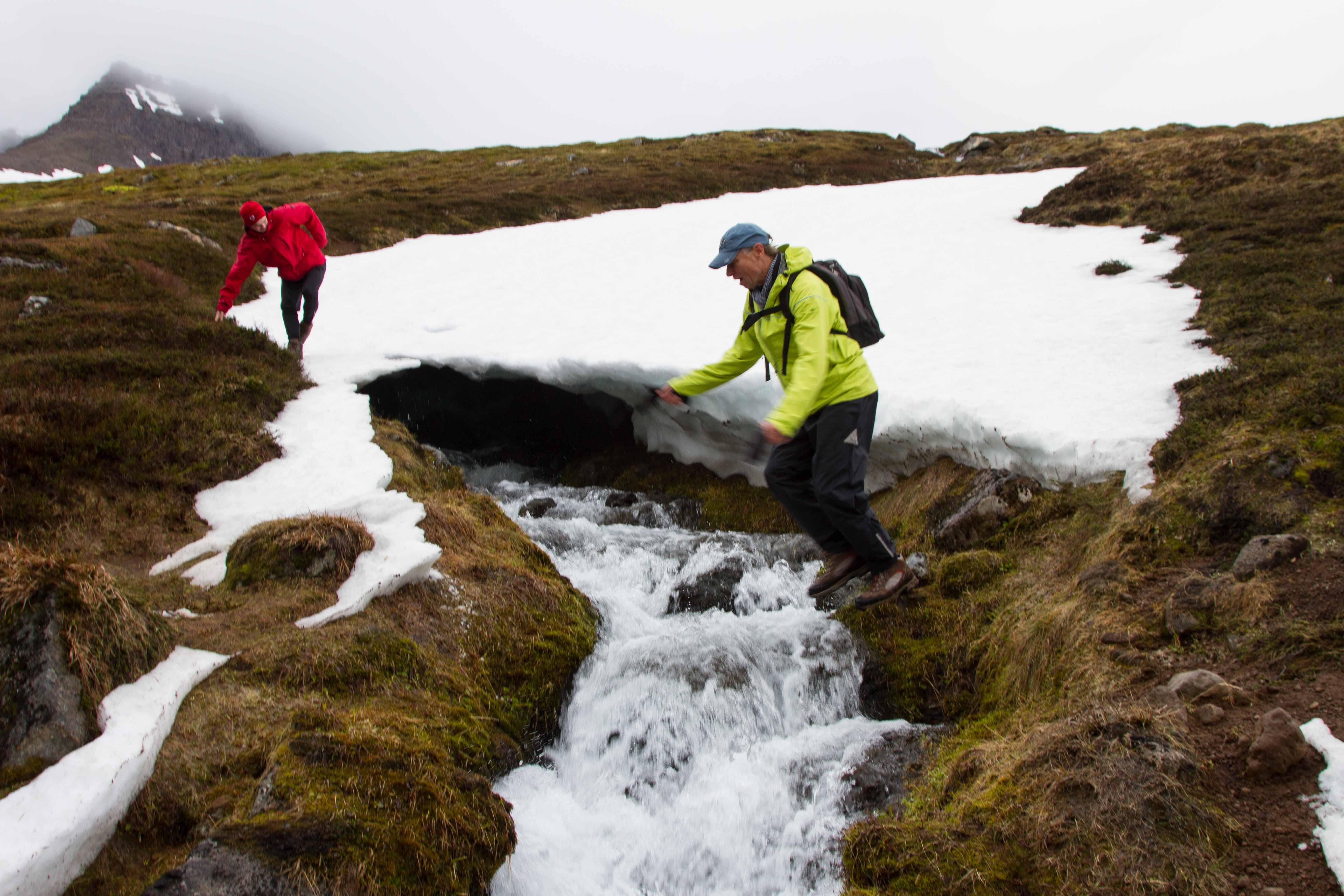 Gletscherbachquerung