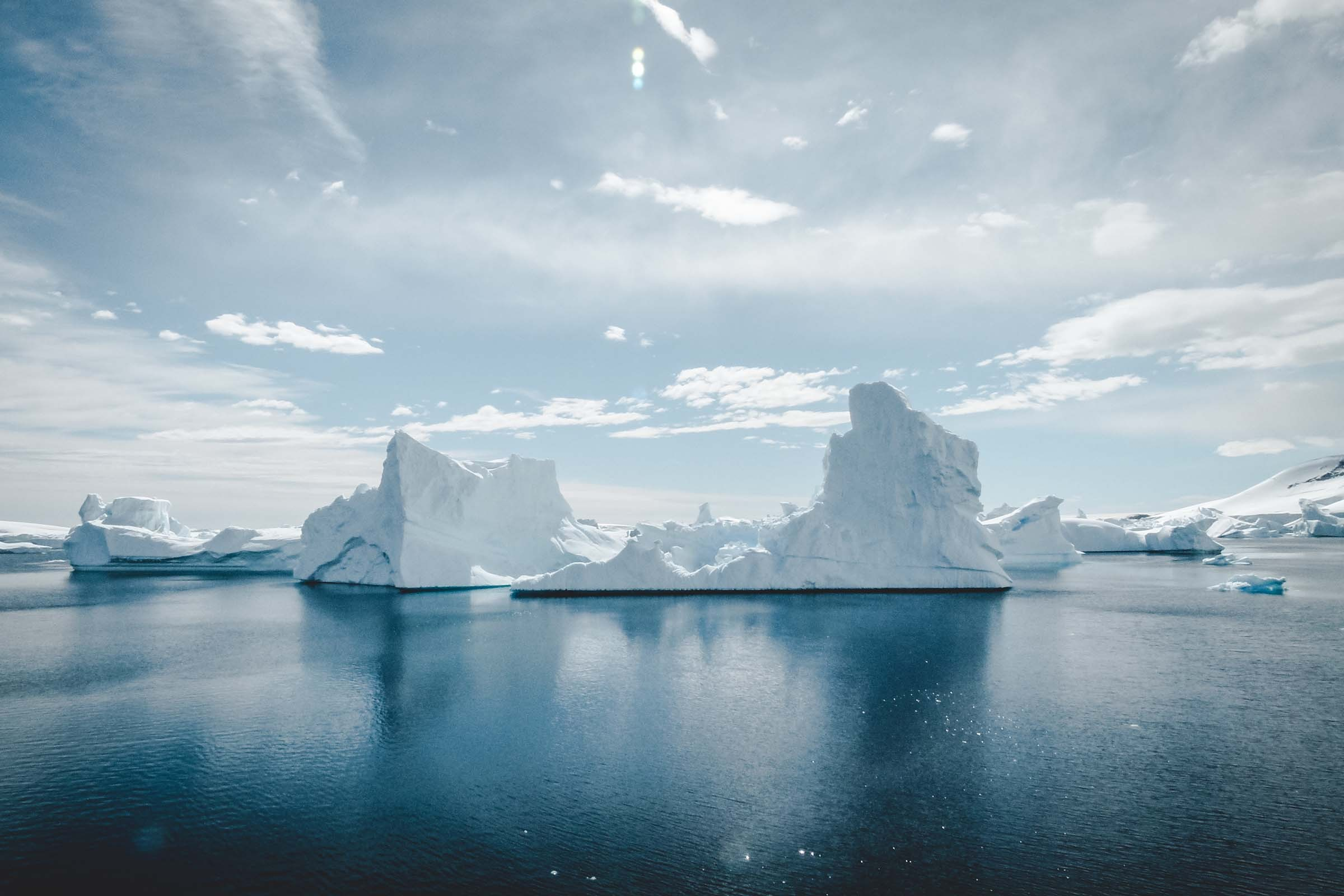 antarctica-iceberg-e1445690431719