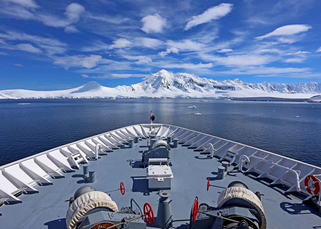 HANSEATIC-Antarktis-Hapag-Lloyd-Cruises-16