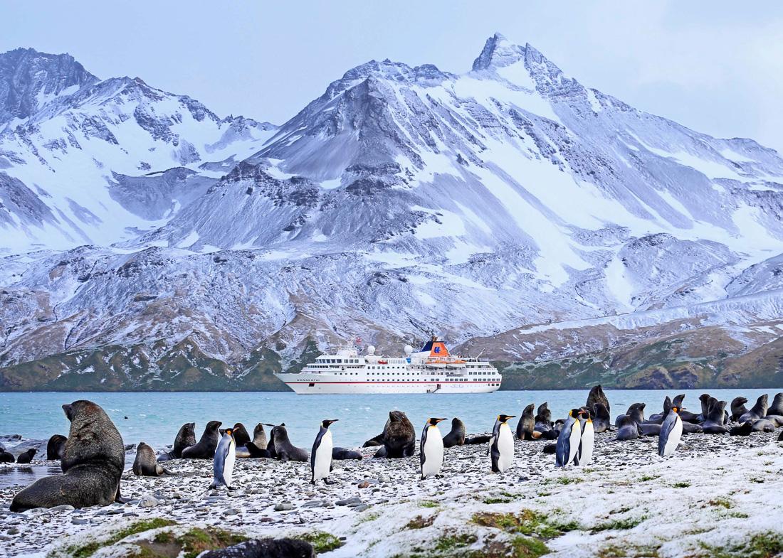 HANSEATIC-Antarktis-Hapag-Lloyd-Cruises-8