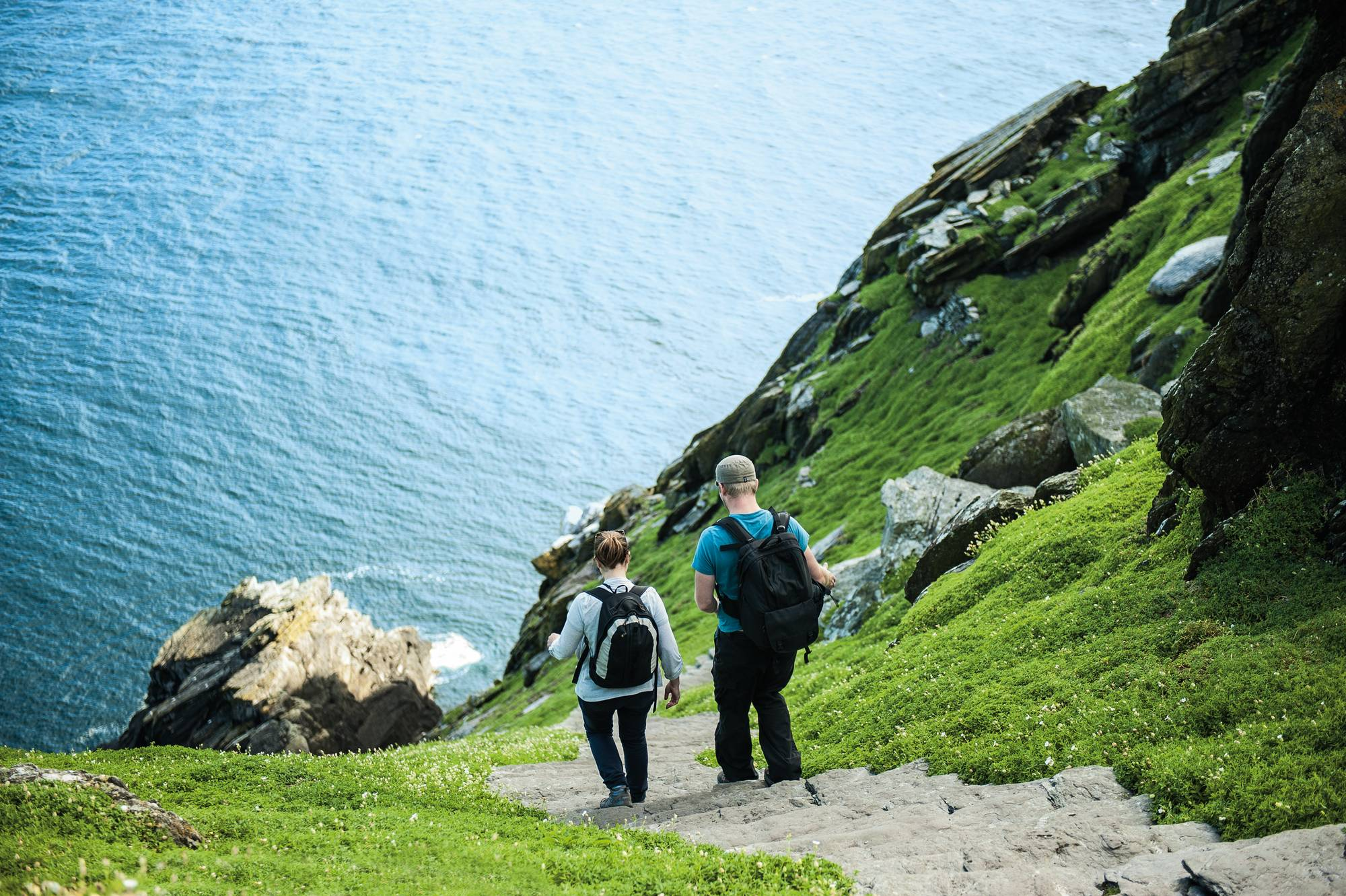 Skellig_Islands_Tourists_HL_F39-300