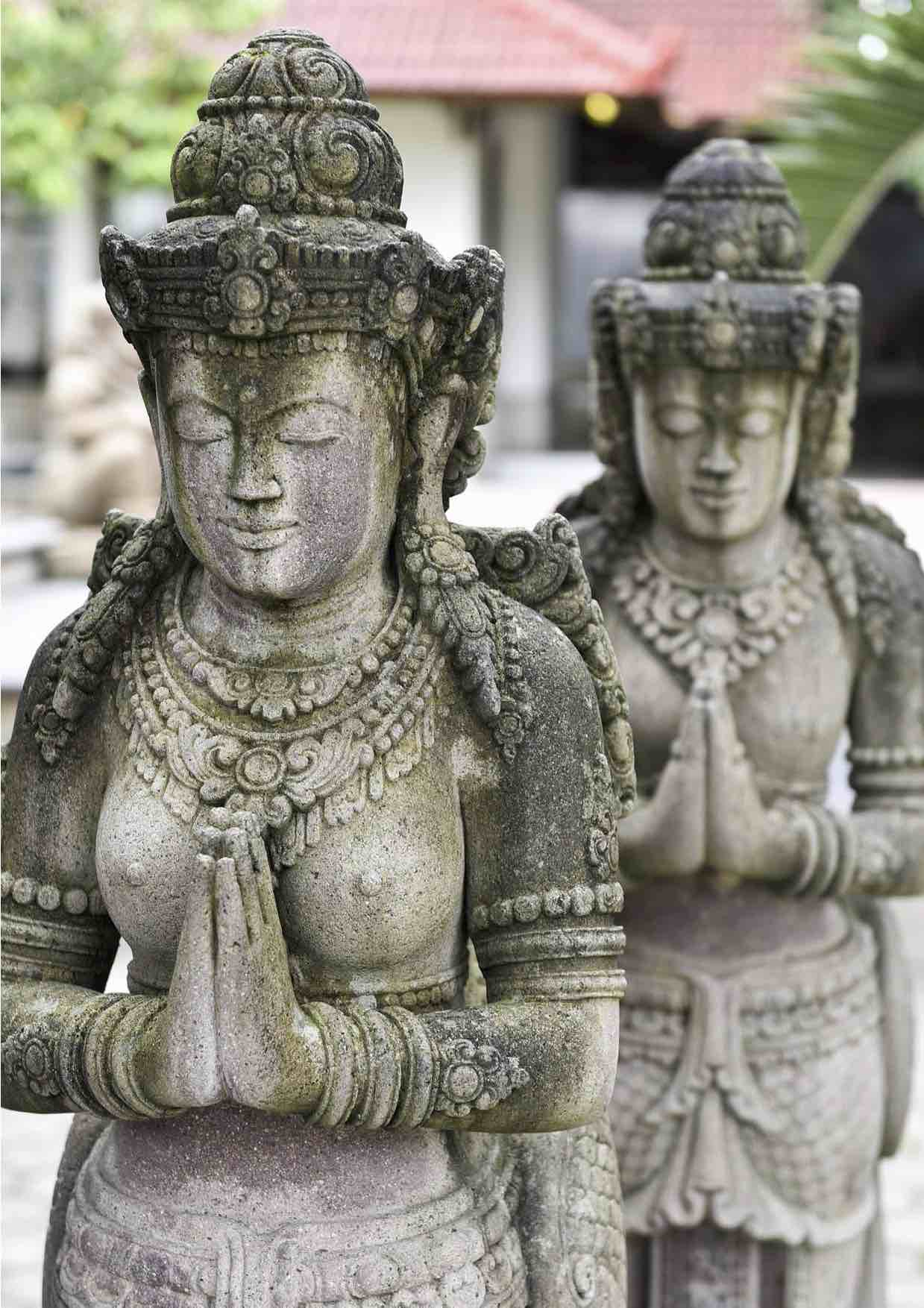 Tempel-Tänzerinnen