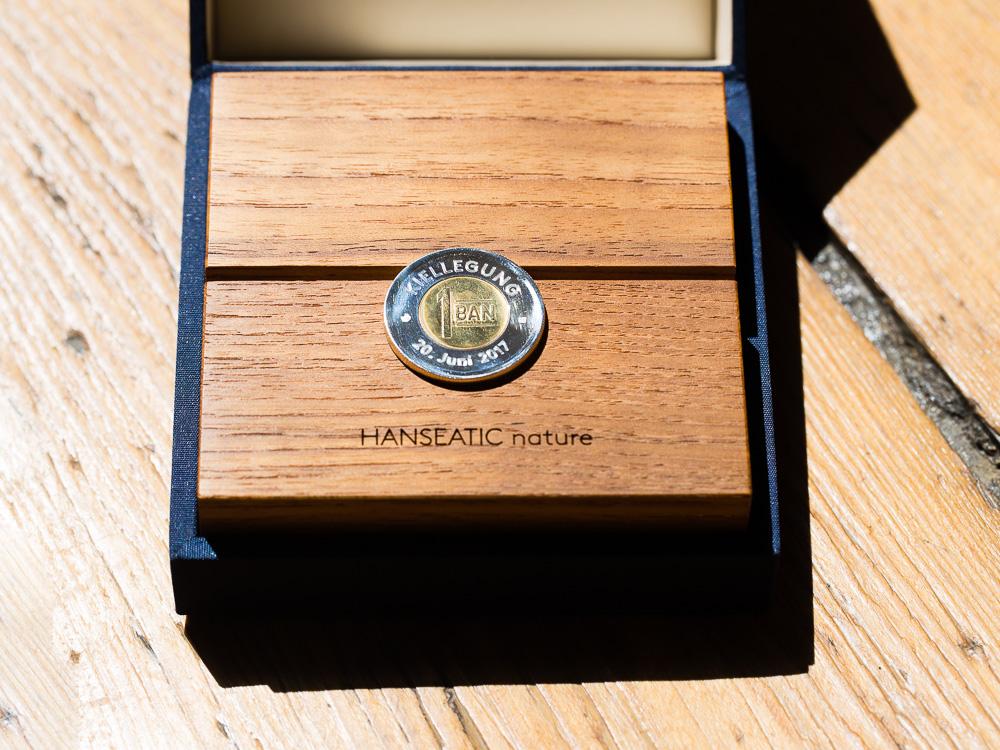 Münze für die Kiellegung der HANSEATIC nature, Hapag-Lloyd Cruises.