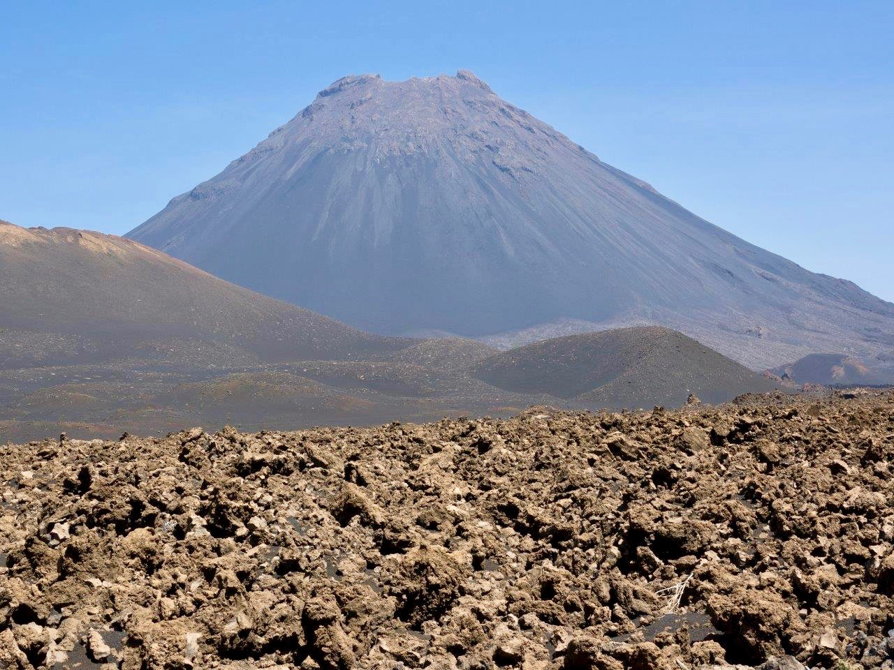 Pico de Fogo, Aschekegel und Aa Lava von 1995