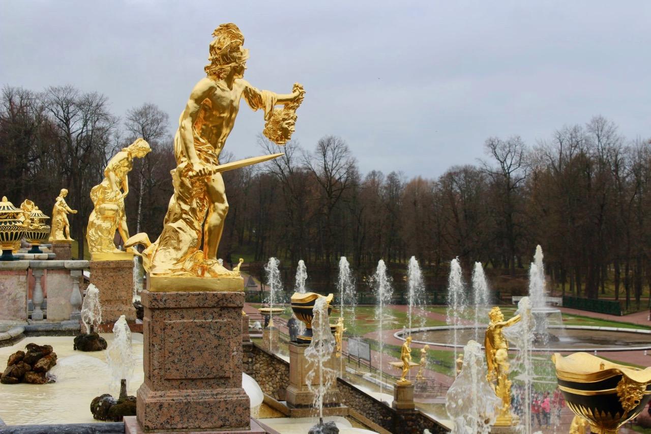 Peterhof, Perseus (C) Seick