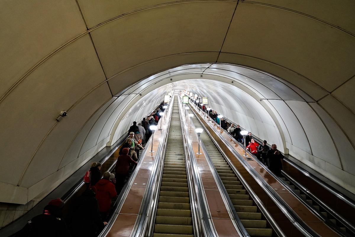 DSC06703 St. Petersburg Metro