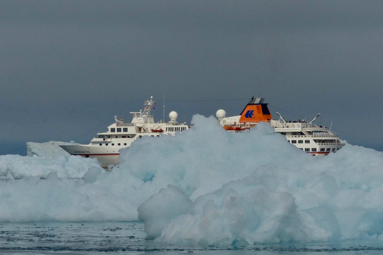 Greenland_Hanseatic_ice