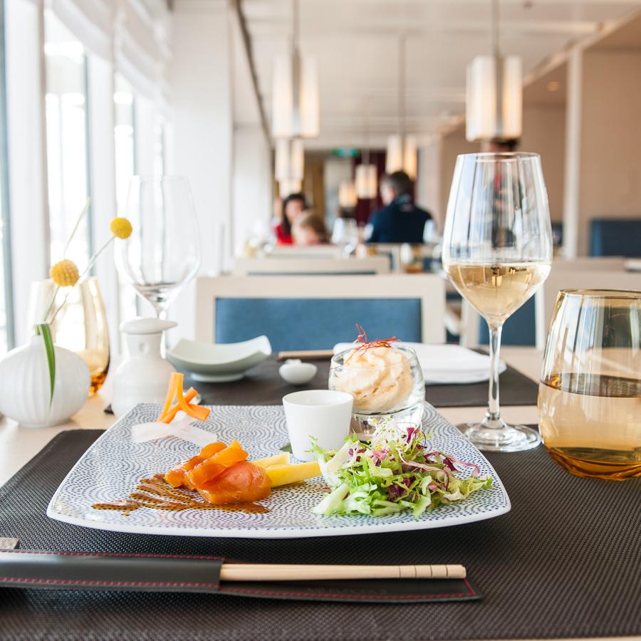 "Deutschland, MS Europa 2: Signature-Dish im Restaurant ""Sakura""."