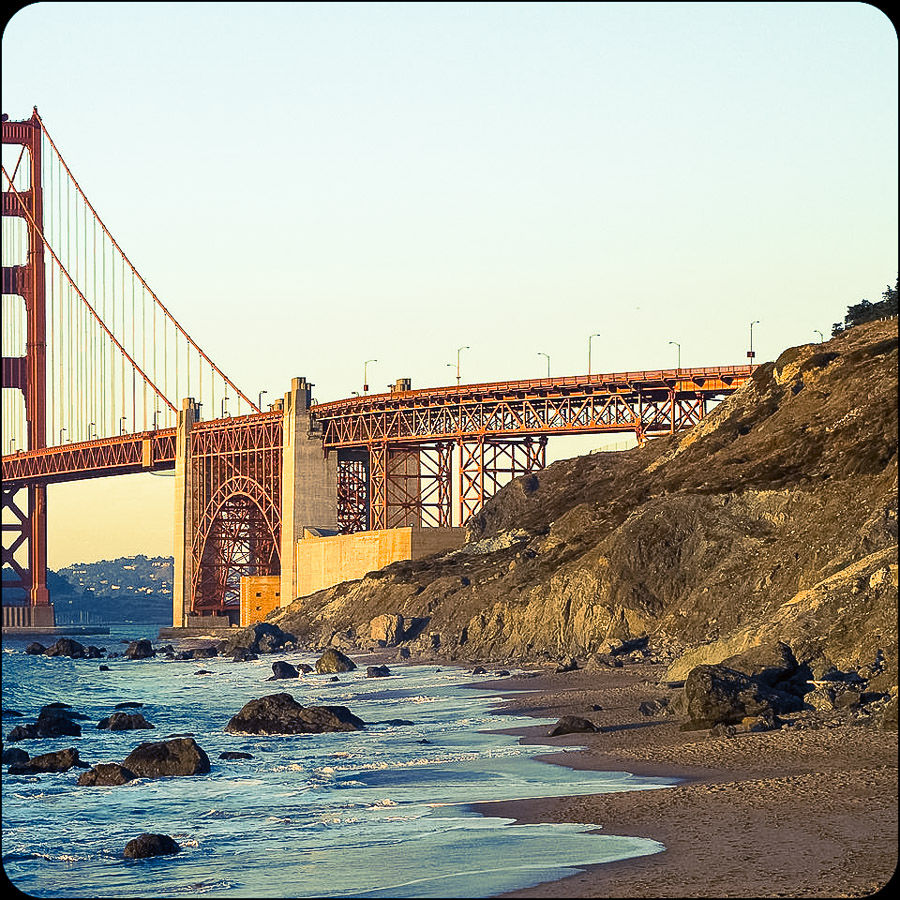 1920px-GoldenGateBridge_BakerBeach_MC-2