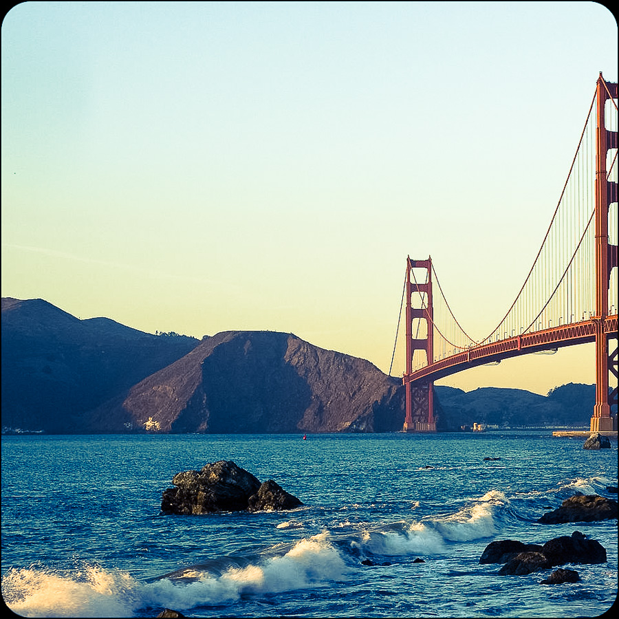 1920px-GoldenGateBridge_BakerBeach_MC