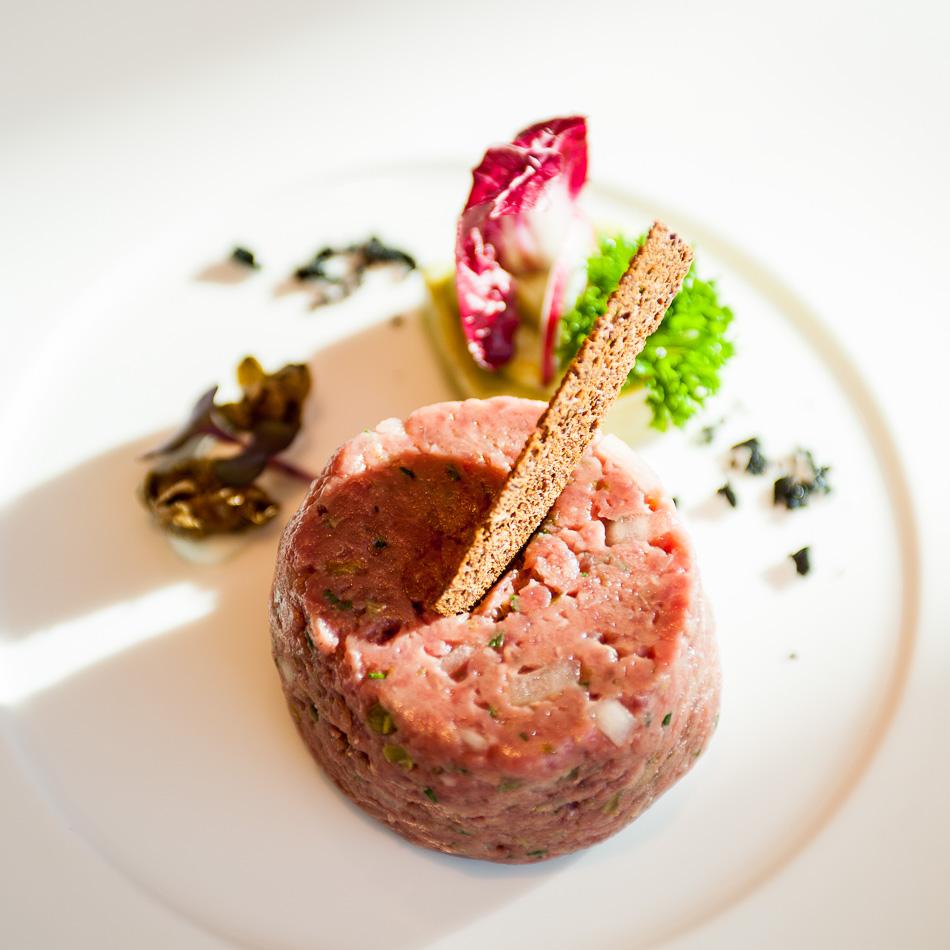 "MS Europa 2: Restaurant ""Tarragon""."
