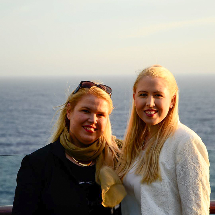 Cruise-Sisters-5