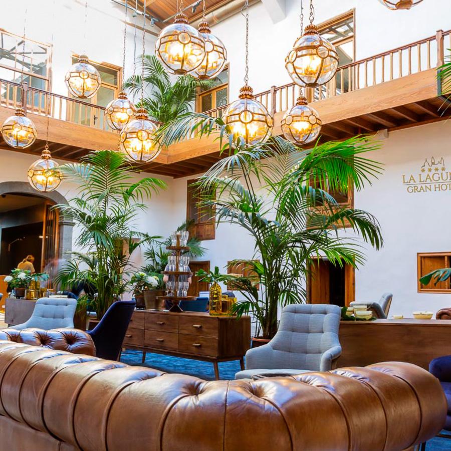 Patio-de-La-Laguna-Gran-Hotel