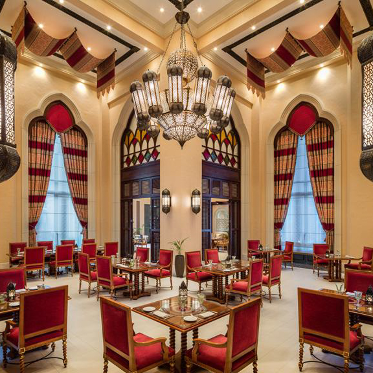 mezlai-emirates-restaurant-abu-dhabi_i.jpg;width=1024;height=576;mode=crop;anchor=middlecenter;autorotate=true;quality=90;scale=both;progressive=true;encoder=freeimage